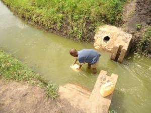 The Water Project : rwanda3018_page_3_image_0001